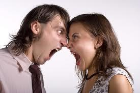 gambar kekerasan rumah tangga, gambar pertengkaran, gambar bertengkar suami istri, kdrt